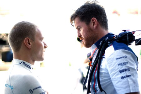 Williams salvages points in race of two