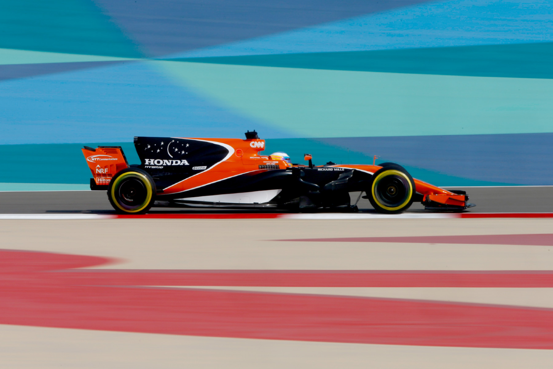 Fernando Alonso in his McLaren-Honda MCL32 in Bahrain.