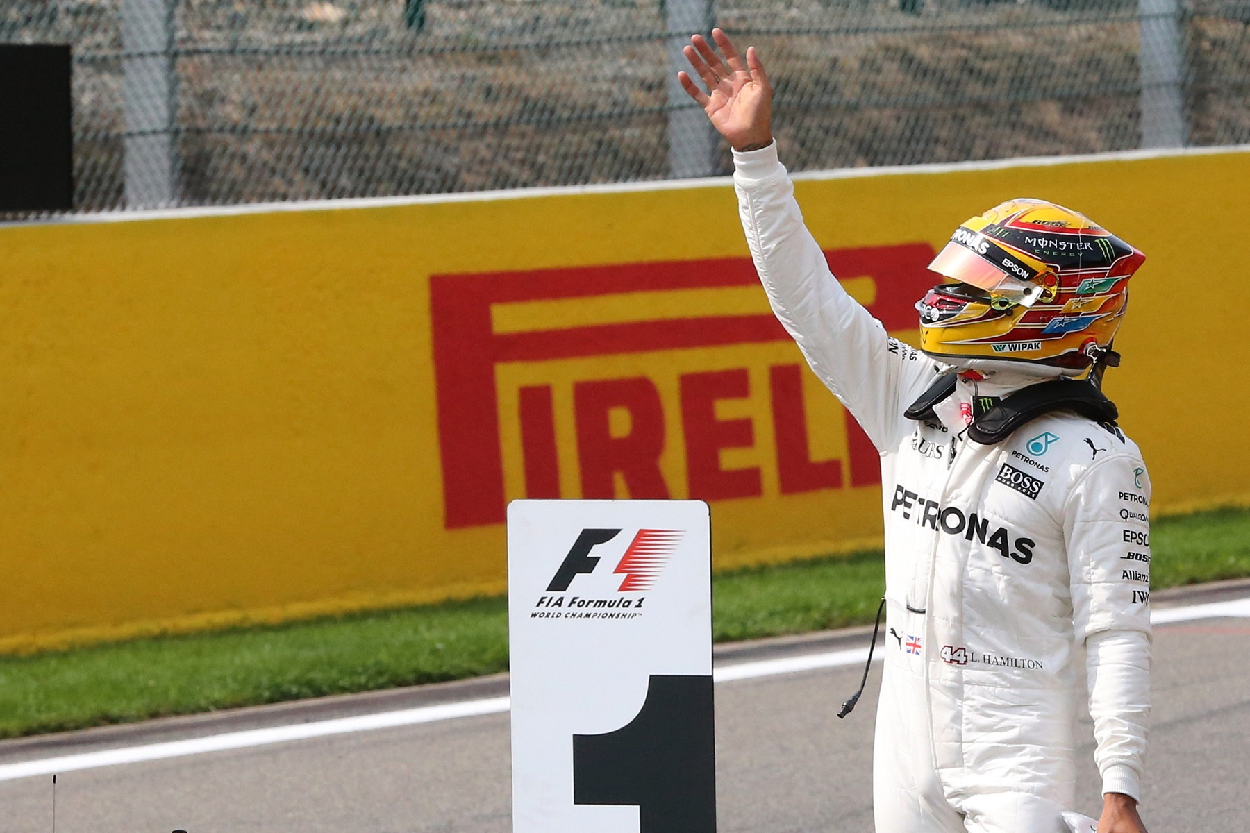 Lewis Hamilton waves from the front straight at Circuit de Spa-Francorchamps