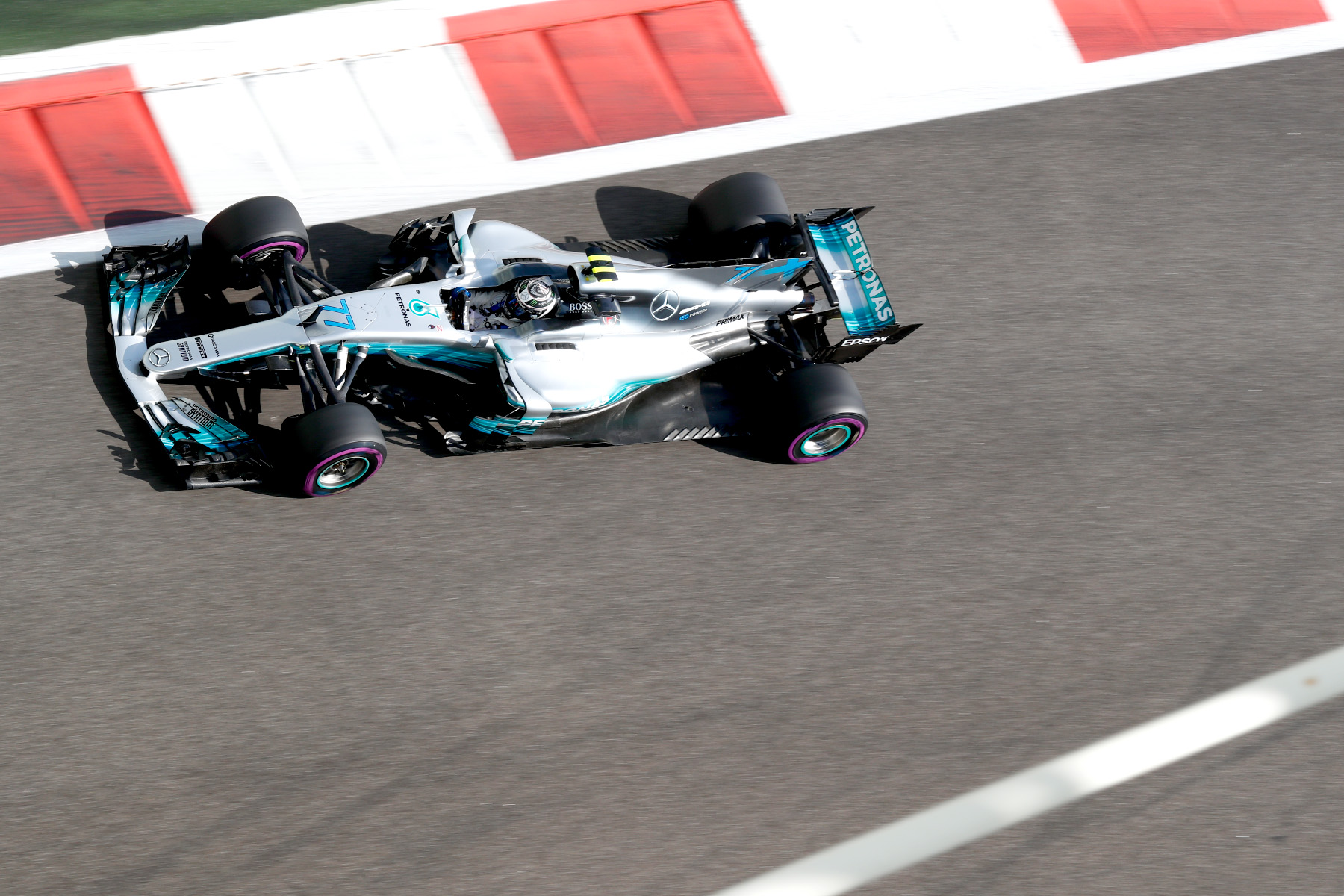 Valtteri Bottas on track at the 2017 Abu Dhabi Grand Prix